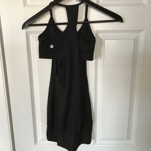 Lululemon No Limits Tank with bra - Black- Size 4